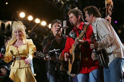 Dolly & The Grascals. Photographer: John Russell / CMA